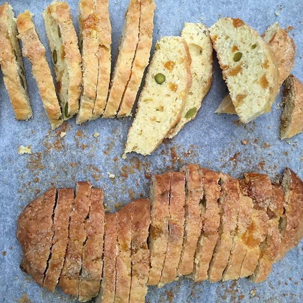 Biscottis aux pistaches et abricots