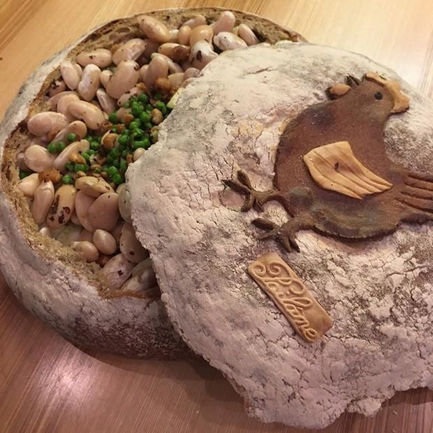Cocotte de Pâques et agneau en croûte de pain d'Apollonia Poilâne
