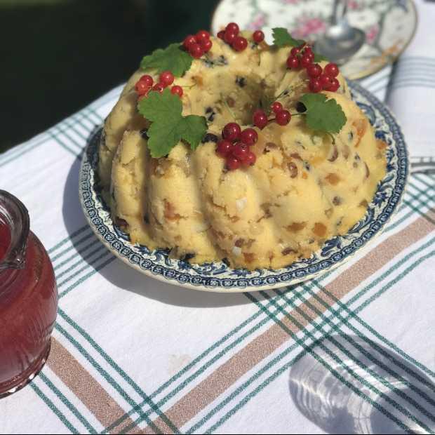 Le pudding blanc à la confiture et au rhum de Sido par Isabelle