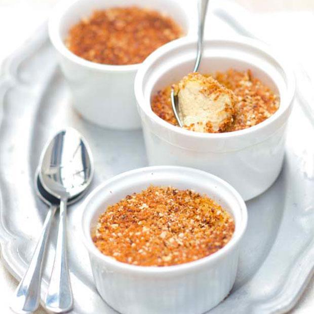 Crème brûlée de foie gras au pain d'épices et noix