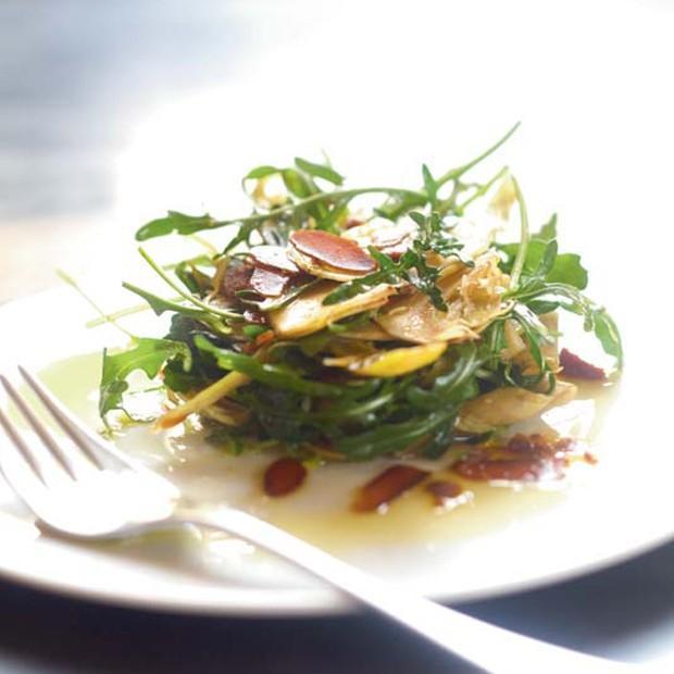 Salade de cœurs d'artichauts à la poutargue