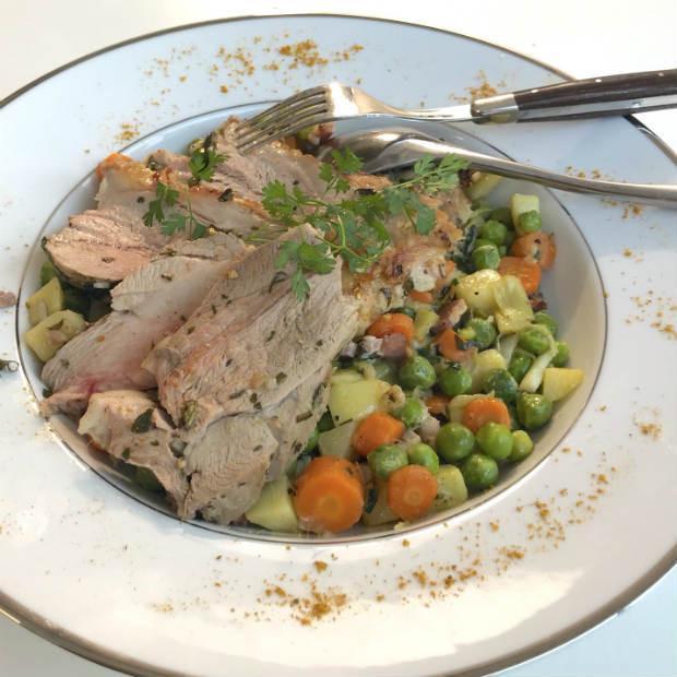 Agneau aux herbes et salades d'herbes amères de Stéphanie