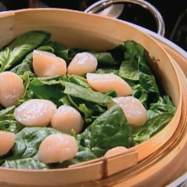 Salade vietnamienne de saint jacques et épinards