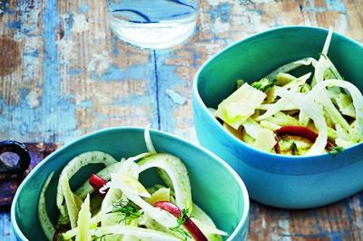 Salade de fenouil, anchois, citron et parmesan