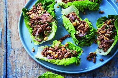 Salade thaïe de bœuf haché à la citronnelle
