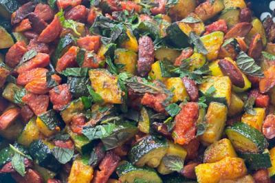 Courgettes sautées aux amandes et chorizo