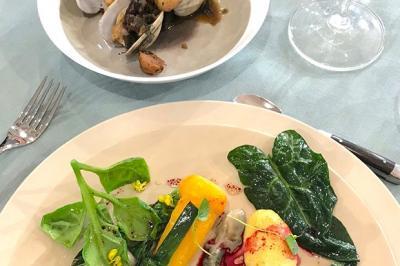 Coquillages & légumes cuisinés par Alexandre Couillon