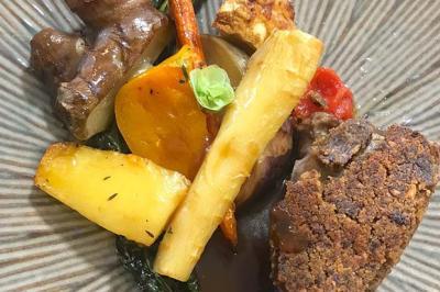 Côtes de veau en croûte de cèpes et légumes rôtis de Julie