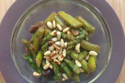 Salade d'asperges vertes aigres-douces