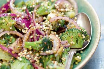 Salade tiède de brocoli aux céréales